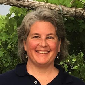 Dr Mary Retallack